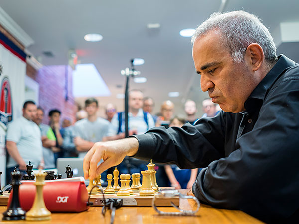 Breaking News: Garry Kasparov returns to competition!